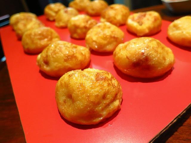 ふわっふわとろとろの本格明石焼きは様々な味が楽しめます!  桃谷  「桃谷わっしょい」