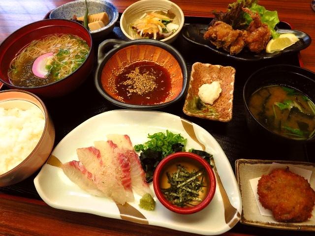 大好きな宇和島風鯛めしと五色のそうめんで大満足!   愛媛県  「郷土料理 五志喜 本店」