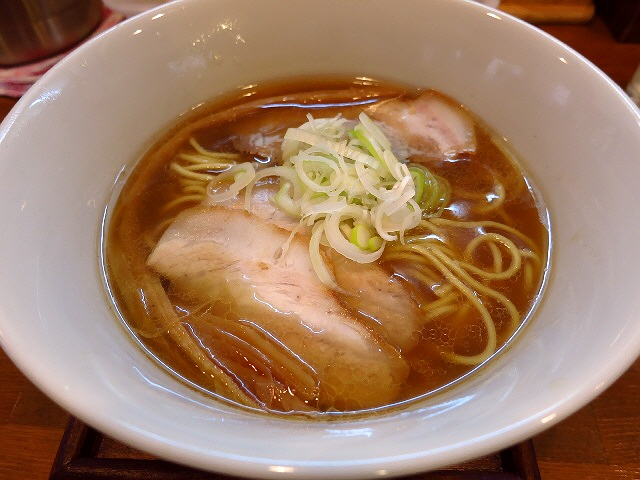 繊細で唸るほど旨い鶏と魚介のダブルスープ!  守口市  「麺や しき」