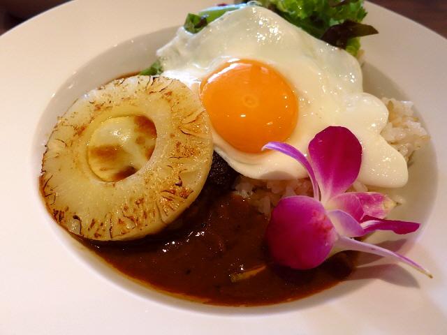 アロハな気分が楽しめて味は本格派です!  北新地  「ハワイアンバール ka'apuni(カプアニ)」