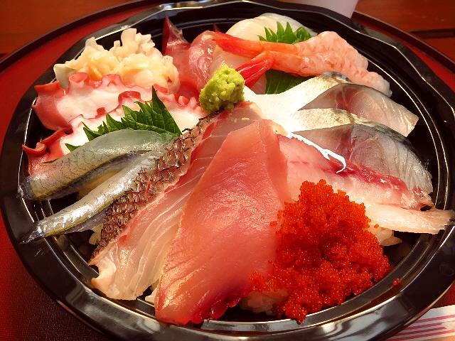 鳥取砂丘の絶品海鮮丼!とんでもなくコスパが高いです!  鳥取県  「鯛喜」