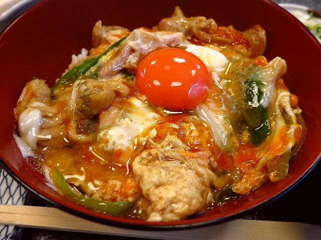 贅沢卵を3個も使った絶品濃厚親子丼!  京都  「京のつくね家」