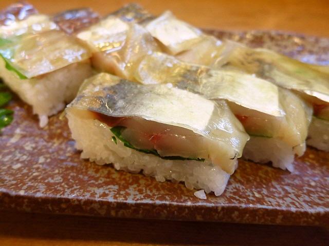 地元で愛される老舗割烹名物の箱すしは絶品です!  徳島県  「に志もと」