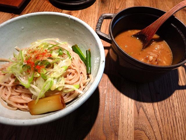 和風のお洒落な空間で完成度の高い和の絶品つけ麺  京都  「和醸良麺 すがり」