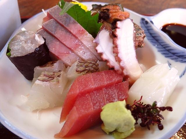 新鮮な魚介類が旨い!中華そばもびっくりの旨さ!  京都府宮津市  「富田屋」