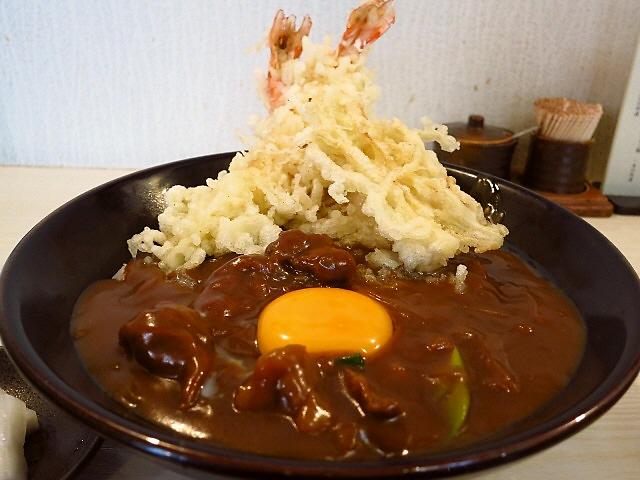 地元で絶大に支持されている名物エビカレー丼!  兵庫県  「たつや」