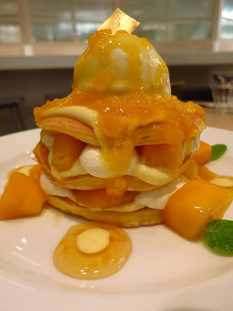 Mのデザート  軽~いふわっふわパンケーキはいくらでも食べられます!  難波CITY  「ブラザーズカフェ」