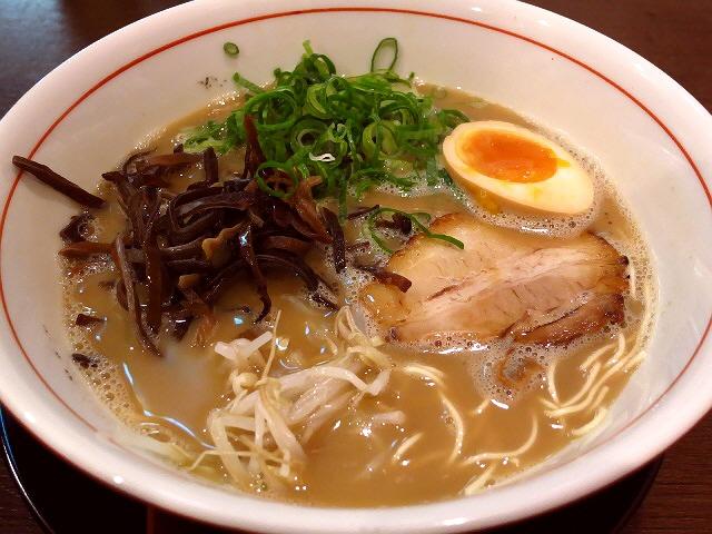 正統派博多豚骨がリーズナブルにいただけます!  大阪駅前第3ビル  「博多製麺 大河」
