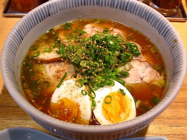 こだわりのとりそばは鶏の旨味たっぷり!  岡山県  「元祖岡山とりそば 太田」