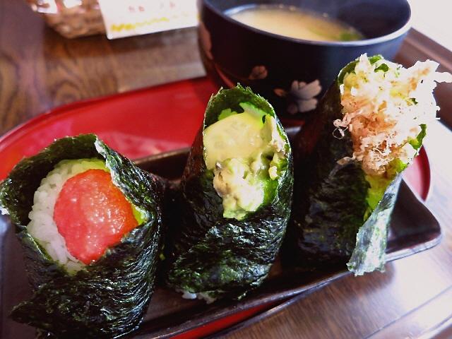 にぎりたてのおにぎりが食べられます!  堺筋本町  「船場 おにぎり亭 本店」