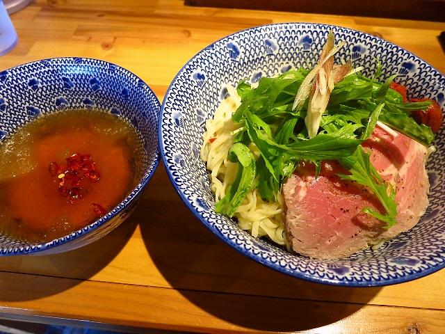 パンチ力のある冷たいあご出汁です!  兵庫県  「必死のパッチ製麺所」