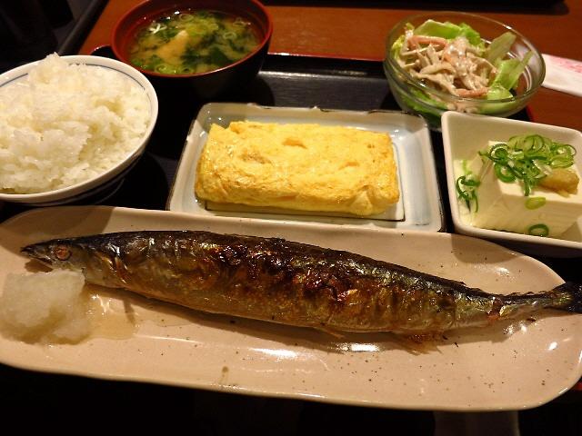 とてもお手軽に安くて美味しいおかずとご飯がいただけます!  旭区  「めしや食堂 赤川店」