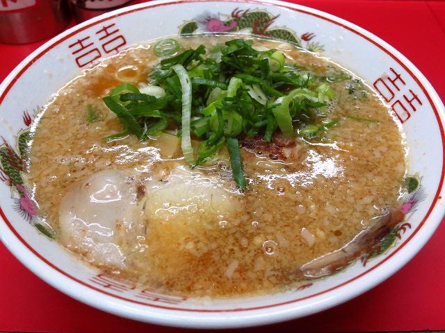 京都背脂豚骨醤油系の元祖は正統派の味わいでした!  京都  「ますたに 今出川店」