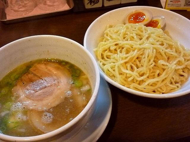 きんせい本店のつけ麺は・・・あまりにも旨すぎました! 高槻市 「彩色ラーメン きんせい 高槻駅前本店」