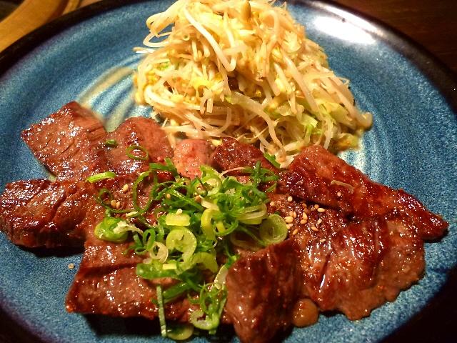 先に焼いてくれている焼肉定食も非常に満足感が高いです!   北新地  「清次郎」
