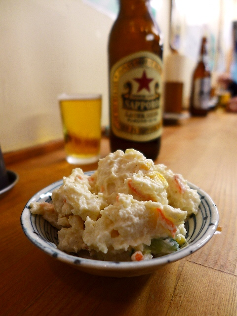 Mのちょっと一杯!  カーボローディングの総仕上げでビールにポテサラ!  大阪駅前第1ビル  「銀座屋」