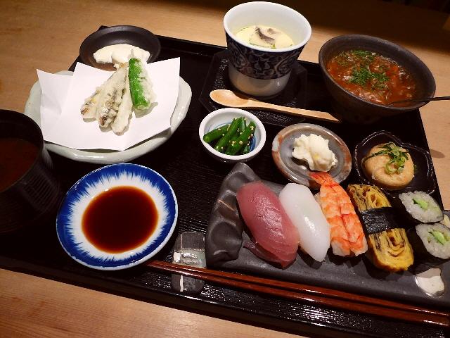 ボリューム満点!お値打ちのおまかせにぎりランチ!  京都市中京区  「おすし 魚戸いなせや」