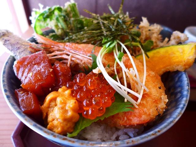 天丼と海鮮丼が一度にいただけるお値打ち豪華丼!  中津  「和膳和酒 油屋」
