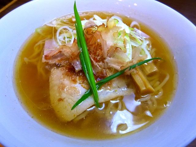 スープが絶品!完全手打ち麺も素朴で旨い!  東淀川区  「手打ち麺 やす田」