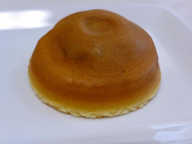 Mのおやつ  餅と餡が見事に調和した絶品阿闍梨餅!  京都市左京区  「阿闍梨餅本舗 満月 本店」