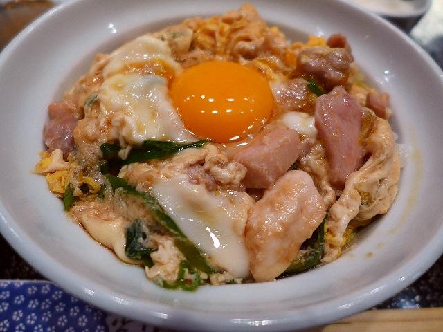 あまりにもお値打ちの絶品親子丼!  京都市下京区  「とり伊」