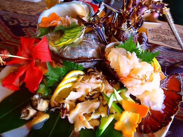 抜群のロケーションで奄美の郷土料理が楽しめます!  奄美大島  「AMAネシア」