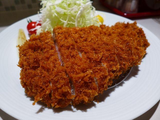 熟成肉のレアとんかつは未体験の旨さでした!  東京  「丸山吉平」