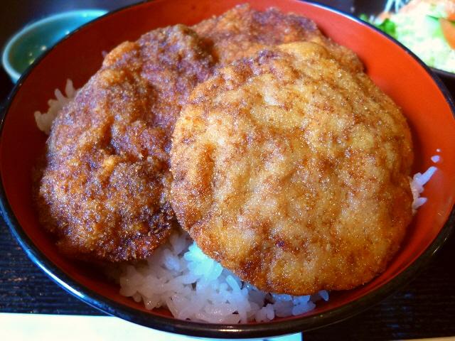 福井名物のソースかつ丼は癖になる味わいです!  北区本庄東  「喜多呂」