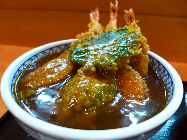 久しぶりに感動!名物カレー風味の天丼はやっぱり旨かった!  北新地  「味吉野」