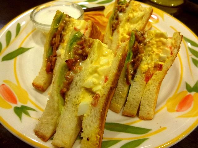 早い!安い!旨い!満足感大の絶品サンドイッチ!  中央区平野町  「蝸牛庵」