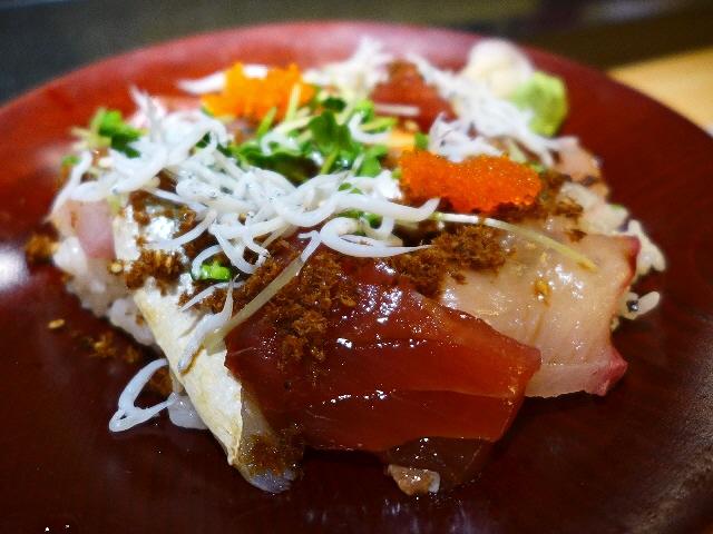ビルの7階まで上がる価値ありすぎの寿司屋の超お値打ちランチ!  北新地  「鮨と肴 はやみ」