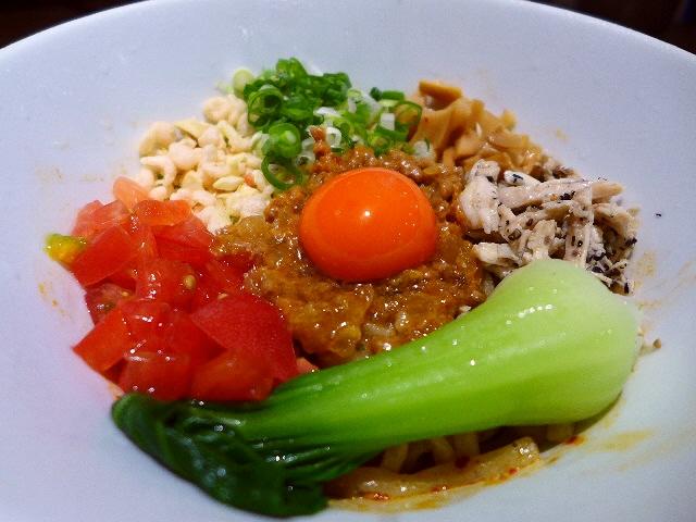 和歌山の食材にこだわった何を食べても旨過ぎるハイレベルなラーメン店!  江坂  「三麺流 武者麺」