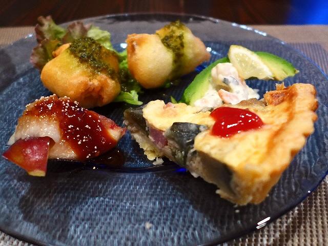 お洒落なカフェで本格料理いただきながら大いに盛り上がりました!  羽曳野市  「ごちそうカフェ うかたま」