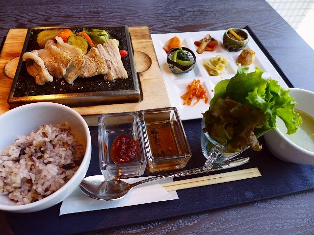 キムチ王子プロデュースのお洒落な韓国料理屋さん!  ハービスENT  「韓国美食料理 SARANG-HAN ― サランハン ―」
