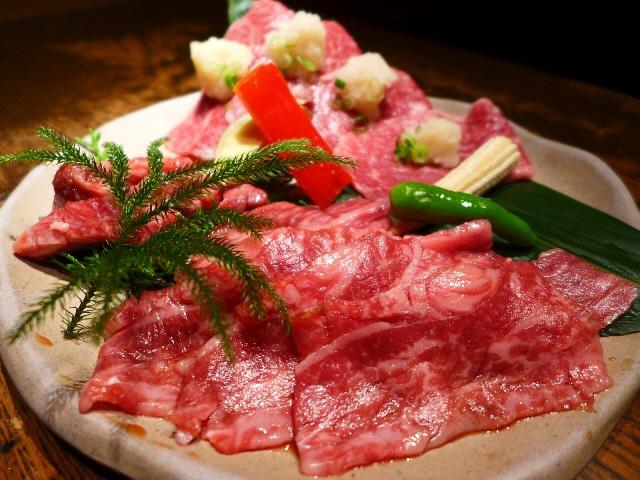 個室で優雅に美味しいお肉がいただけます!  梅田  「炭火焼肉 但馬屋 E-ma」