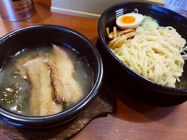 ハシゴするしかないでしょう(^^念願の濃昆つけ麺!  豊中市  「烈火」