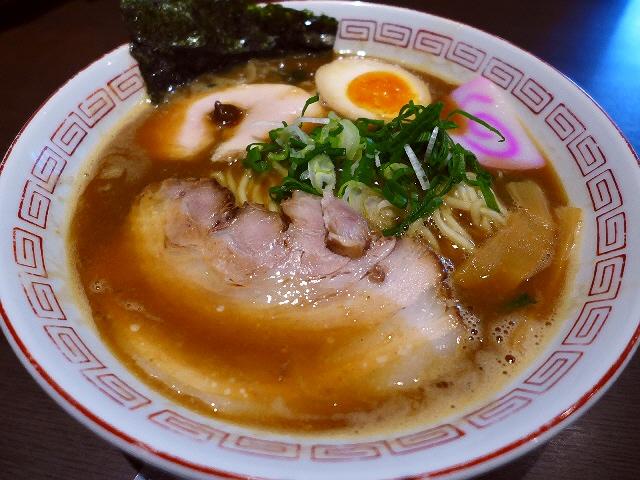 あまりにも美味しくてあまりにも良心的な大人気店!  江坂  「三麺流 武者麺」
