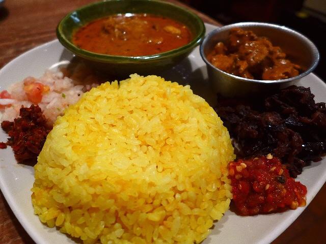 本格的なスリランカ料理がお手軽にいただけます!  北新地  「デッカオ」