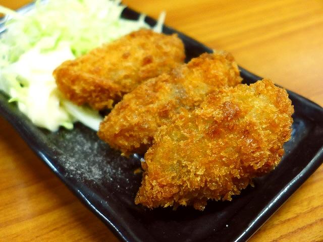 Mのちょっと一杯!  常に外までお客さんが溢れかえっています!  大阪駅前第1ビル  「銀座屋」