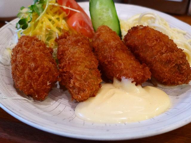 地元で愛される下町洋食屋さんのハイレベルなカキフライ!  京橋  「レストランかめや」