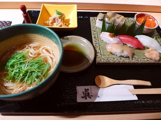 高級感溢れる空間で本格的なお寿司のプチ贅沢ランチが味わえます!  北区堂島浜  「堂島浜 眞」