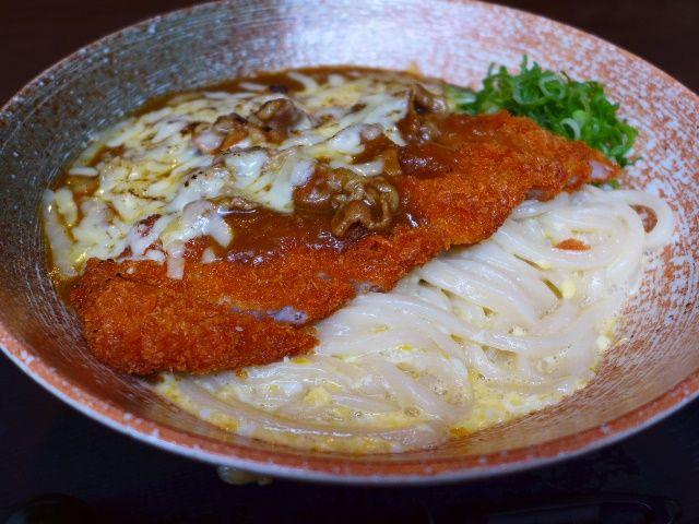 しなやかに伸びる絶品熟成麺に進化しました!  北区豊崎  「情熱うどん 讃州」