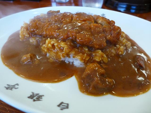フルーティーでしっかり辛い欧風カレーは癖になる味わいです!  中央区淡路町  「白銀亭」