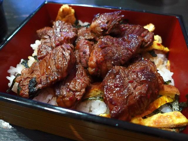 上質のお肉がガッツリ食べられるお肉好きにはたまらないお店!  南船場  「南船場 御肉」