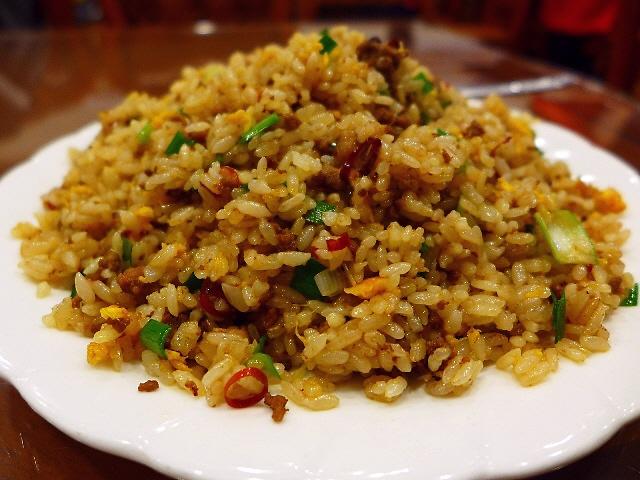 あまりにも奥の深い味わいの特製台湾炒飯に感動!  北区浪花町  「中国食府 双龍居」