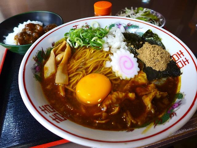 素晴らしくお値打ちなカレー三昧セットで夏の暑さを乗り切ろう!  中央区博労町  「宮崎郷土料理 どぎゃん」