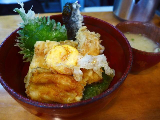 天ぷら専門店の揚げたて熱々穴子丼セットは素晴らしくお値打ちです!  北新地  「おばた」