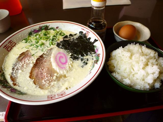 新作のチャリティーラーメンはマヨラー必食のまよらあめんです!  中央区博労町  「宮崎郷土料理 どぎゃん」