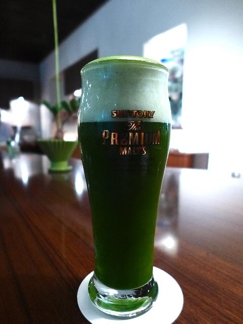 日本茶専門カフェで清涼感溢れる抹茶ビールをいただきました!  京都市中京区  「伊右衛門サロン」