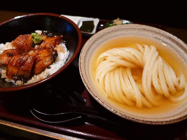 上品な味わいのひやかけと国産鰻のうな丼の超お値打ちセット!  東大阪市  「純愛うどん なでしこ」